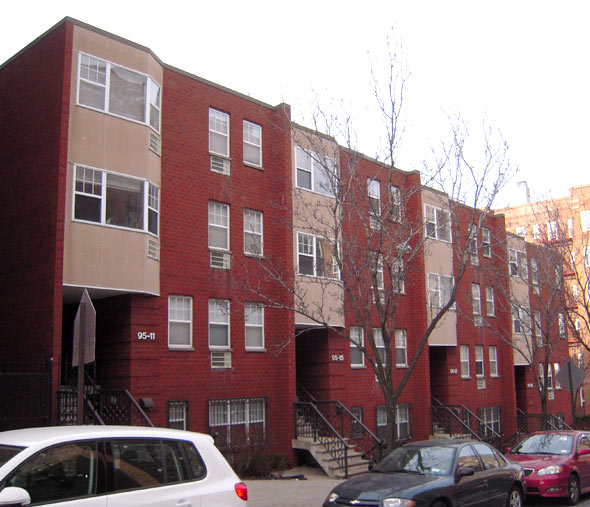 Rego Park Townhouse